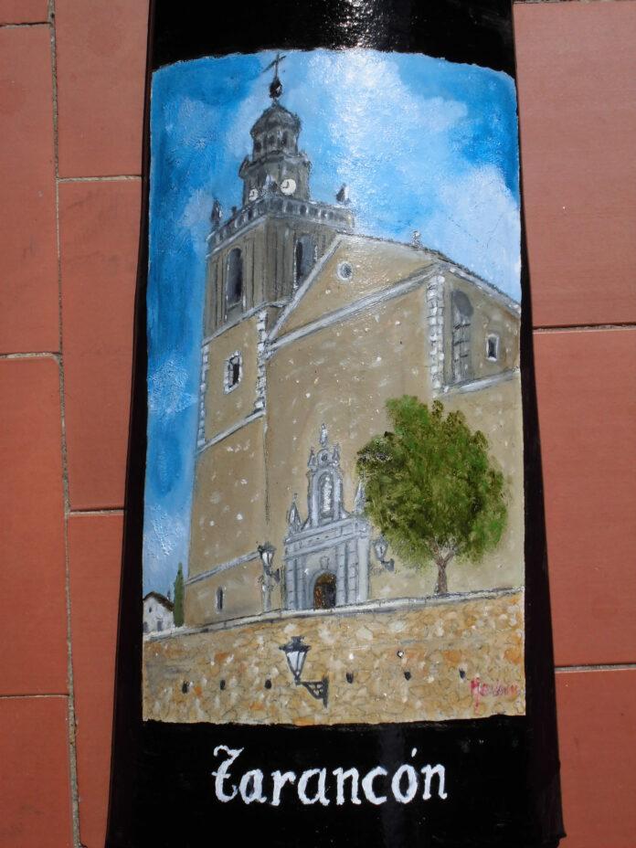 Una de los monumentos pintados por Collado.